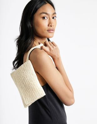 Money honey clutch ivory white 1.jpg20180518 156 1nj0jr0
