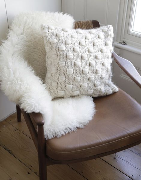 01 impossible dream cushion.jpg20180518 156 7pina6