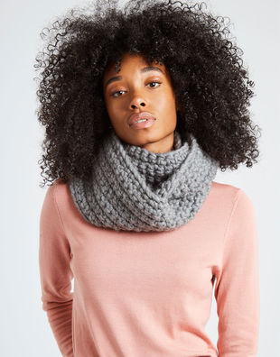 Celebration snood tweed grey 4