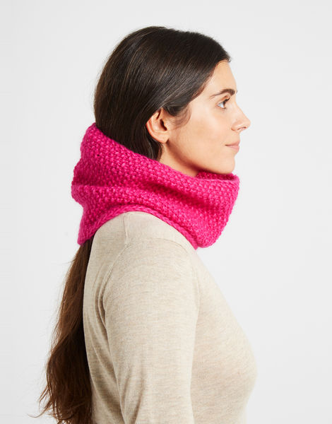 Sweet thing snood hotpunkpink 2