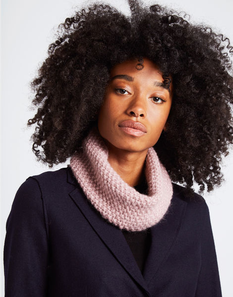 Sweet thing snood mellowmauve 1