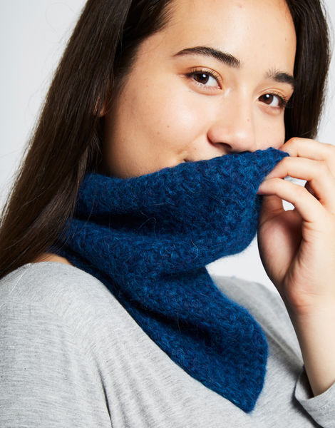Chilly down cowl curaosoblue 1