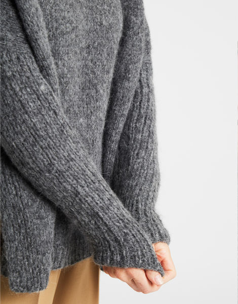 Happy land sweater silverfoxgrey 2