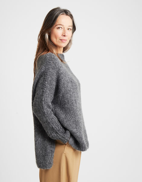 Happy land sweater silverfoxgrey 1