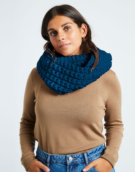 Celebration snood csw sherpa blue