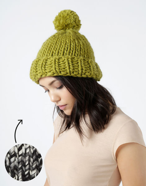 Lucy beanie csw tv static
