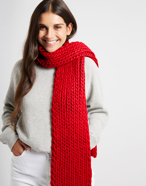 Whistler scarf csw lipstick red