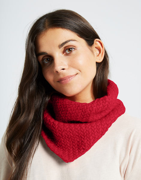 Chilly down cowl fgy lipstick red
