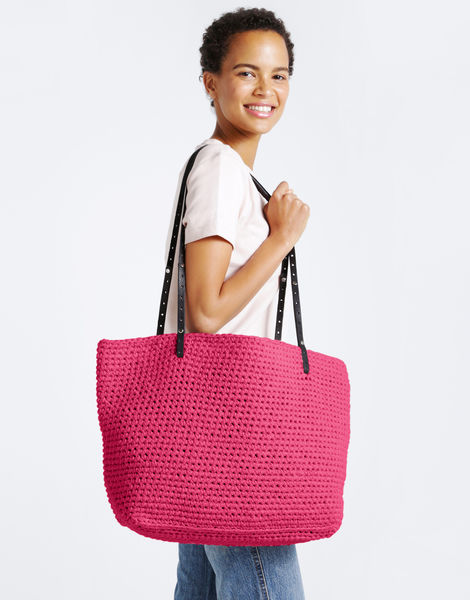 Carrie on tote mt dollypink