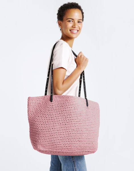 Carrie on tote mt pink blush