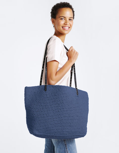 Carrie on tote mt nautical navy