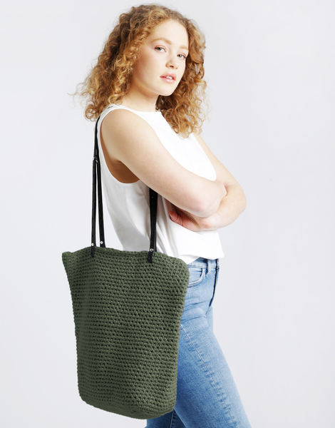 Totally tote mt army green