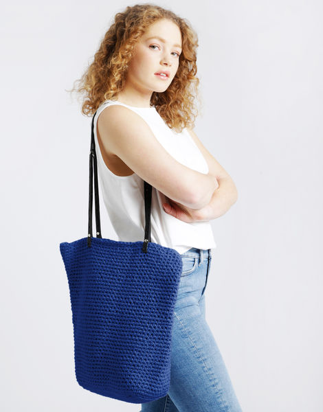 Totally tote mt true blue