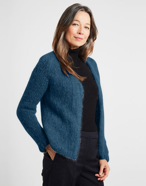 Needed me cardigan tcm blue steel %281%29