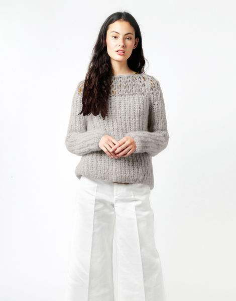 Unapologetic sweater tcm winter white