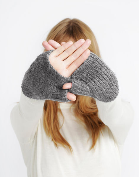 Full of love mittens sba tweed grey