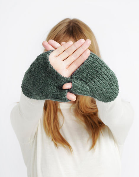 Full of love mittens sba powdergreen