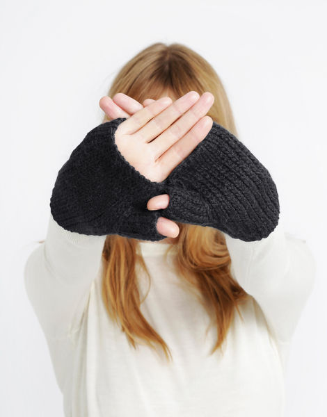 Full of love mittens sba spaceblack