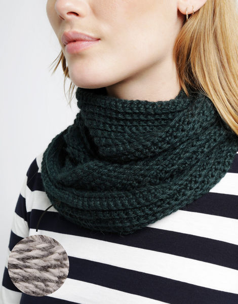 Cover me snood sba checkers tweed