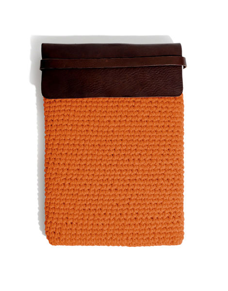 Larrys laptop case mt rusty orange