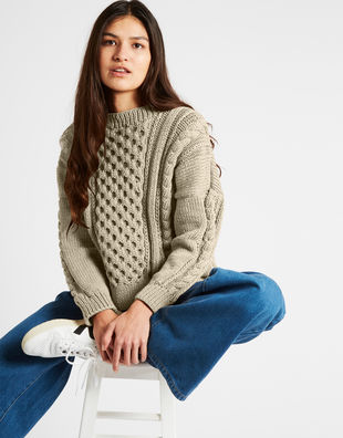 Cast away sweater nwy seashell beige