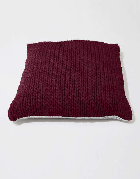 Carey cushion csw margaux red