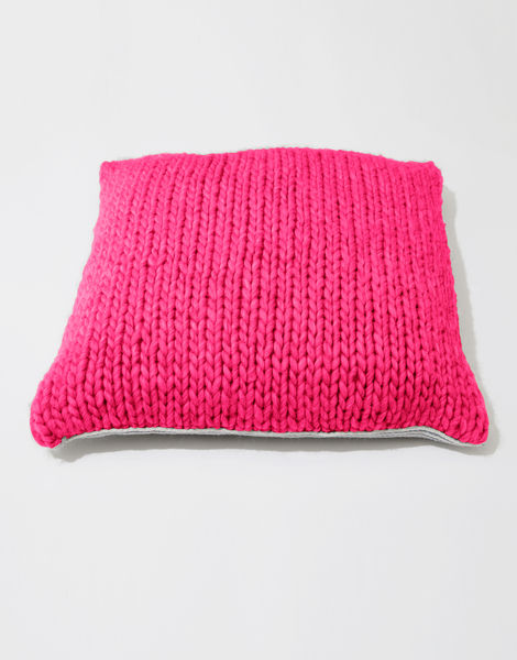 Carey cushion csw hot punk pink