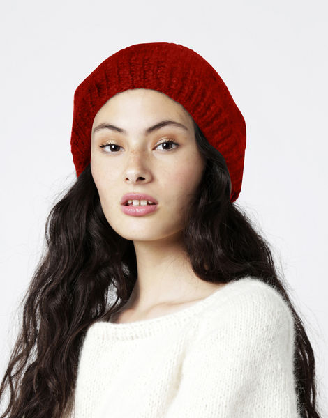 Rock steady beanie2 fgy red ochre