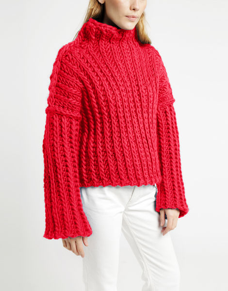 Heart of mine sweater csw candy red
