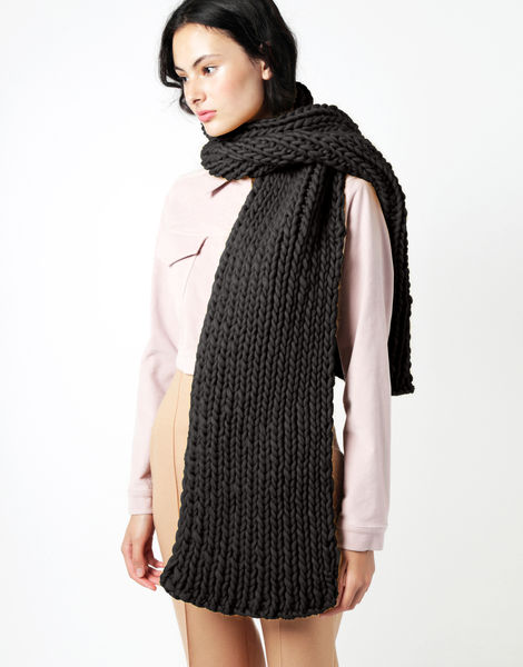 Maxi whistler scarf csw charcoal