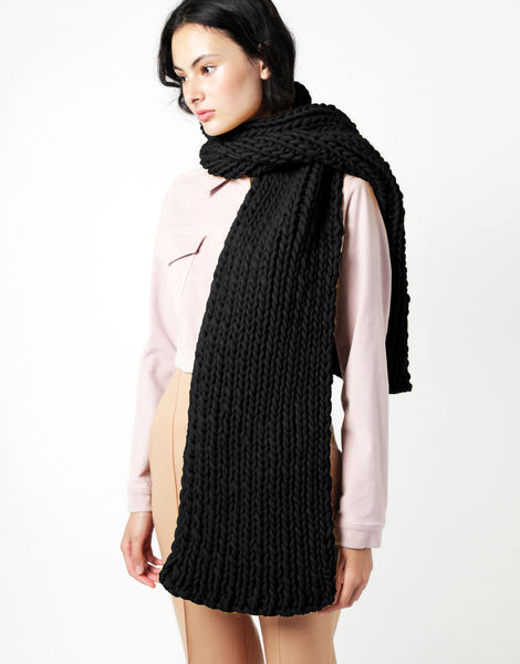 Maxi whistler scarf csw space black