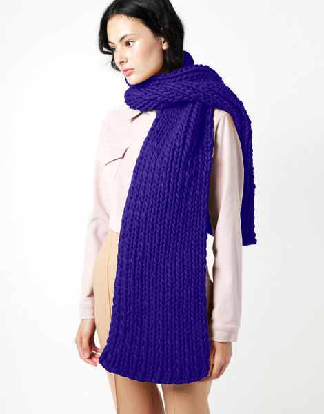 Maxi whistler scarf csw ultra violet