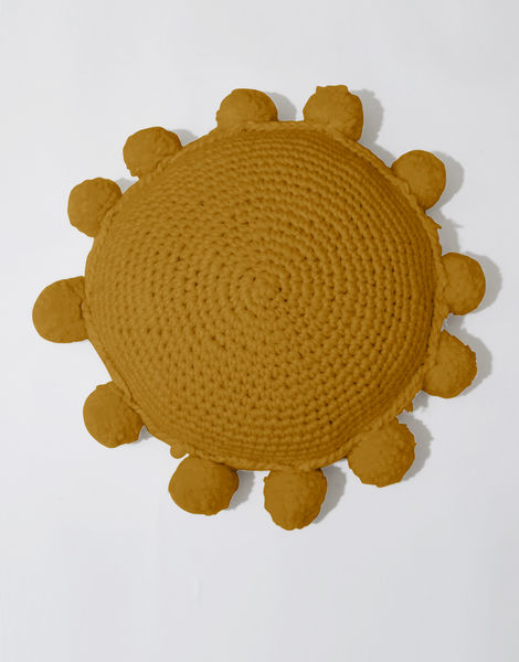 Circle game cushion csw bronzed olive