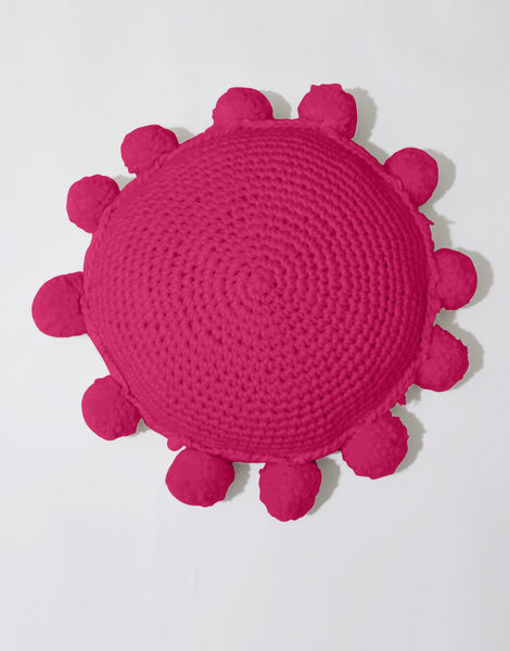 Circle game cushion csw hot punk pink