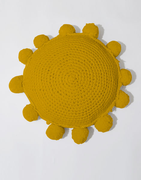 Circle game cushion csw mustard sally