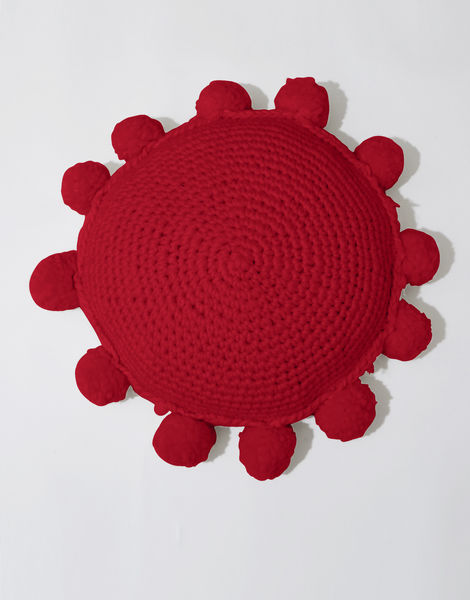 Circle game cushion csw true blood red