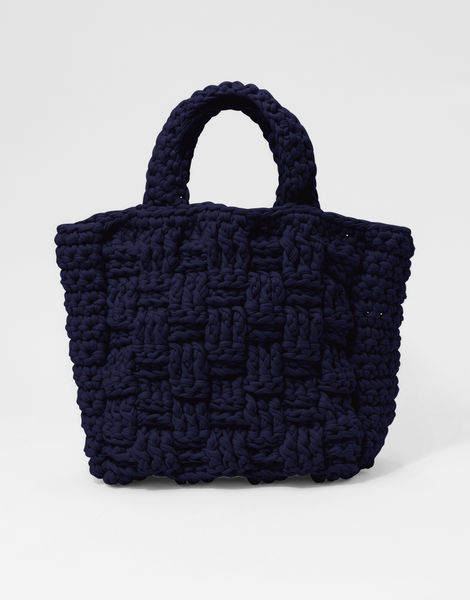 Lola bag 1 jbg in the navy