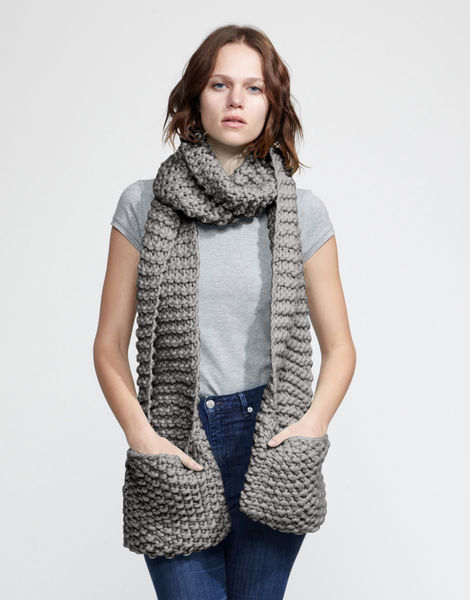 Jolly pocket scarf csw tweed grey