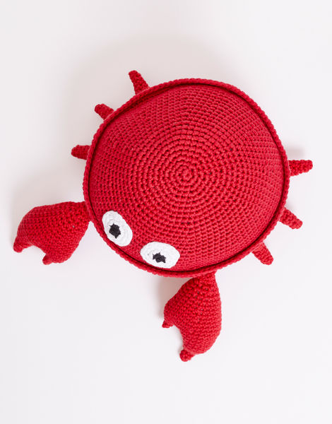 Tipper the Tiny Crab Crochet Amigurumi Pattern – Shiny Happy World | 600x470