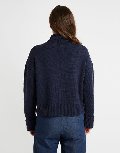 Holiday sweater sty midnight blue 02