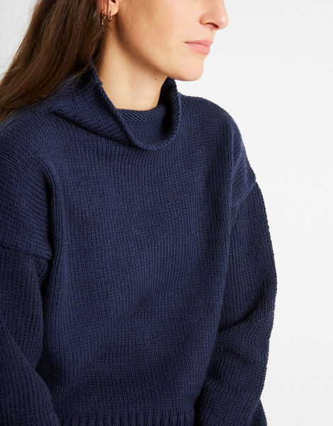 Holiday sweater sty midnight blue 06
