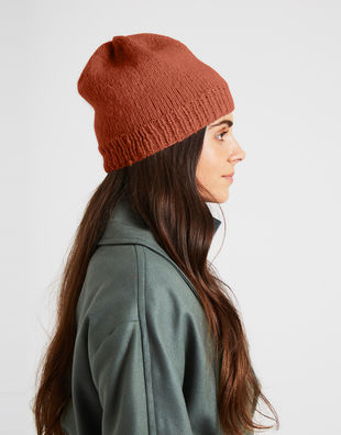 Billie beanie index eucalyptusgreen 3 feeling good yarn fgy terracotta blush