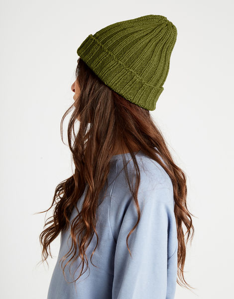 Message in a bottle beanie nwy seaweed green