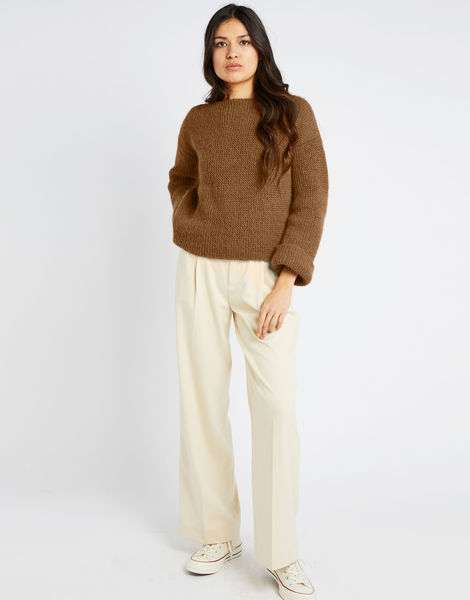 Stonger sweater fgy brown sugar